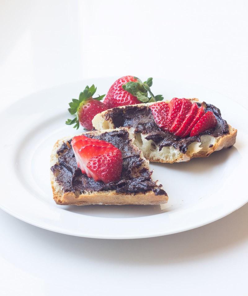 vegan chocolate hazelnut spread