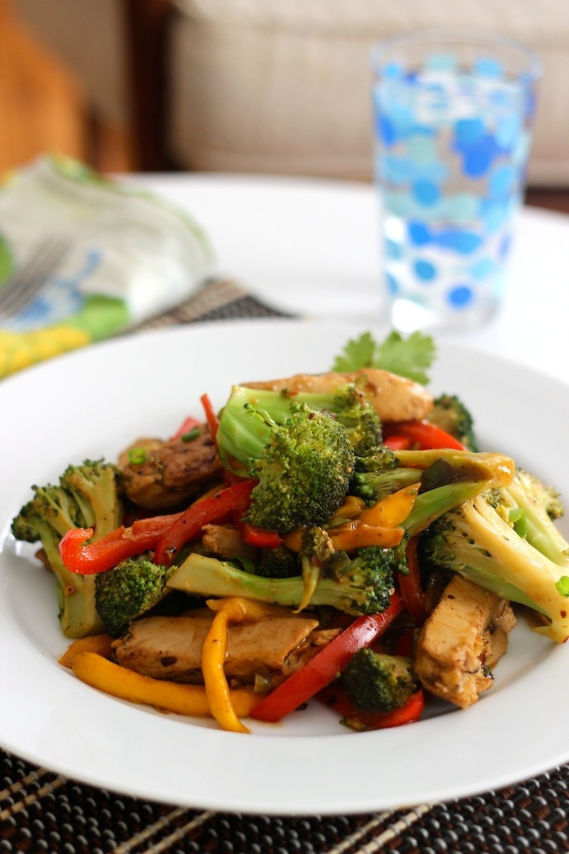 Beyond Meat: Mango Broccoli Stir Fry