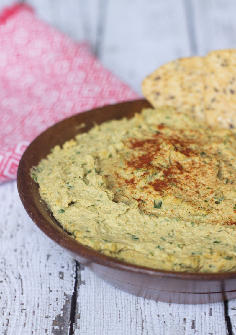 spinach hummus with artichokes